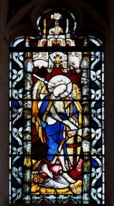 Cвятой архангел Михаил. Витраж Эксетерского собора в Англии, ок. 1470 г.